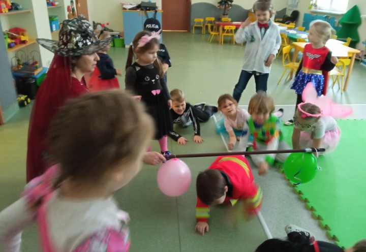 Bal Karnawałowy w grupie Młodszej